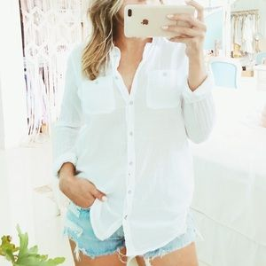 Stylus↠Linen Button Down Blouse